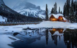 wallpapersden.com_house-mountains-snow_3840x2400
